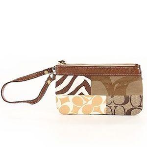 Coach C Logo One Wristlet Wallet Purse Women's Bag